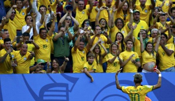 brazils-neymar-gestures-t-011